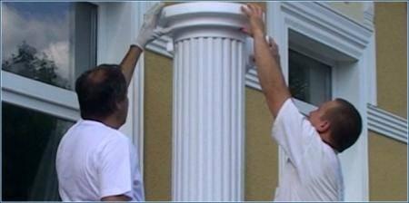 Säulenkapitelle und Säulenfüße zu Stucksäulen