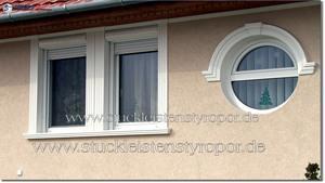 Fassadenprofile und Dachgesims