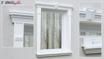 Fensterdekoration mit Alu Fensterbank 107-K, Zierleiste Freetown 100, Zierornament Avitus DT-3, Fassadenprofil Damascus 107-K und Schlussstein Damascus 107-K