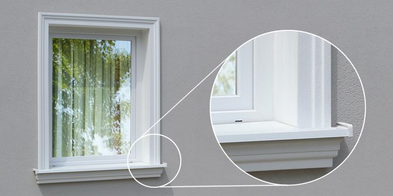 Rechter Winkel zwischen 2 Laibungsverkleidungsprofilen am Fenstersturz