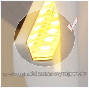 Indirekte Beleuchtung mit Reflektorstreifen