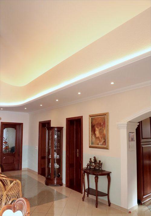 LED Einbauleuchten aus Styropor mit LED Einbauspotlights