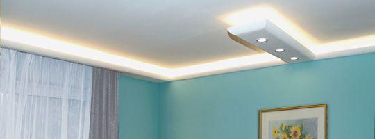 Deckenstuck mit LEDs Kosmetikstudio