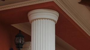 Deko Säulen mit rundem Kapitell
