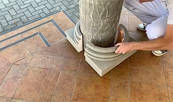 Säulenfuß aus Hartschaum Styropor mit Quarzsand-Kunstharzbeschichtung