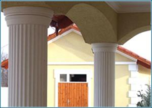 Säulenverkleidung aus Styropor mit Kapitell aus Styropor