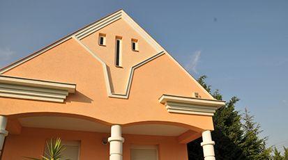 Fassadenverkleidung mit Styroporleisten