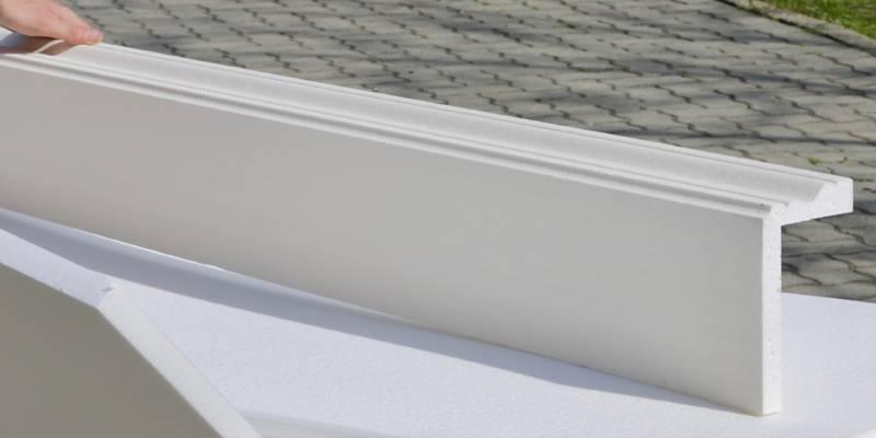 Übergang vom Fassadenprofil zur Fensterbank